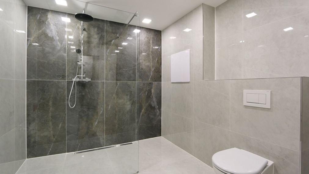 NOVOSTAVBA 2 izbový byt 64 m2 už. pl.s terasou, Klimkovičova ul., 2. poschodie.